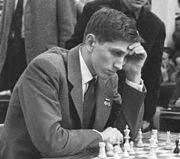 180px-Bobby_Fischer_1960_in_Leipzig